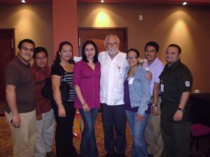 El Dr. Conde-Salazar y Residentes de Medicina del Trabajo